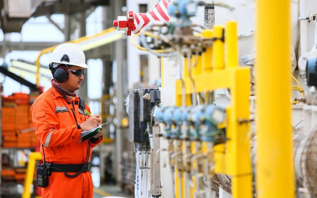PPE Industry Expands as Global Oil & Gas Companies Adopt Smart and Wearable Technologies